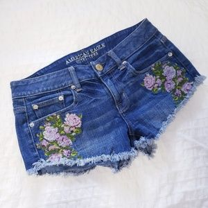 EUC American Eagle Outfitters Size 0 Denim Shorts